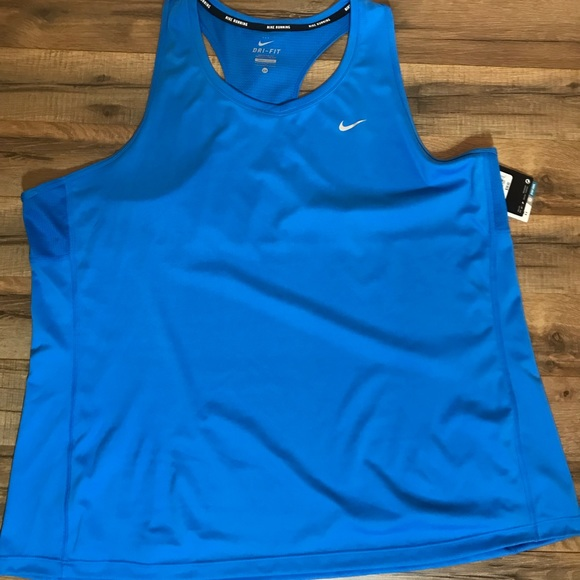 6f3178c18d5 NEW Women s Nike plus size 2x tank top